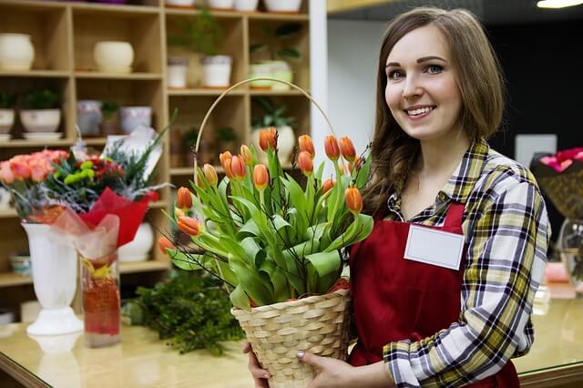 Как открыть цветочный магазин с минимальными вложениями? Открываем бизнес по доставке цветов за 16 500 рублей